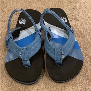 Reef Flip Flops boys / toddler  size 9/10